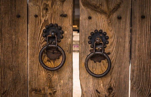 images_for_kykloi - doorknob-2163643_640.jpg
